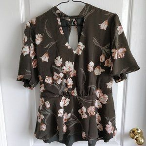 COLLECTIVE CONCEPTS Floral Top Sz S